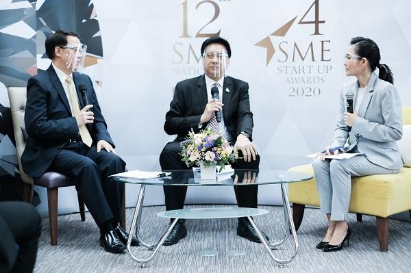 """ภาพบรรยากาศงานแถลงข่าว """"การประกวดรางวัลสุดยอด SME แห่งชาติ ครั้งที่ 12 และการประกวดรางวัล SME Start up ครั้งที่ 4"""" ณ ห้องพร้อมเพิ่มภูมิ ชั้น 12 อาคารยาคูลท์ สถาบันเพิ่มผลผลิตแห่งชาติ วันพฤหัสบดีที่ 25 มิถุนายน 2563"""